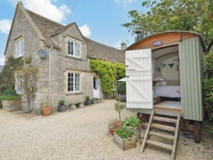 cotswolds romantic cottage