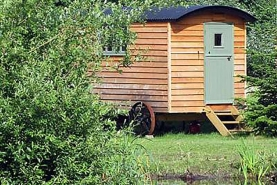 Luxury Suffolk Glamping Holidays | Borleymere Shepherds Hut
