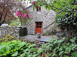 Romantic Snowdonia Holiday Cottages for Two | Coach House