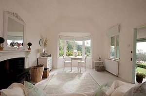 Luxury Sussex Cottage for Couples near Tunbridge Wells