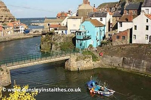 Staithes Holiday Cottage for Couples in Yorkshire | Dunsley