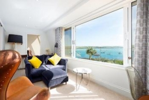 Cornwall luxury apartment for couples near Padstow with stunning views | Bijou