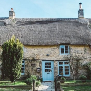 Cotswolds Luxury Dog Friendly Cottage for Couples - Yarrow