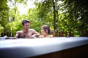 Luxury Hot Tub Lodge Snowdonia National Park Wales | Golden Oak Lodge