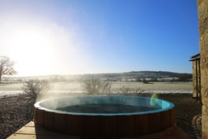 luxury hot tub cottage for couples richmond yorkshire