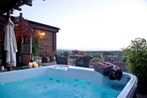 Devon Hot Tub Cottage for Couples near Exeter | The Dairy at Sherway Farm