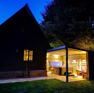Pet Friendly Luxury Hot Tub Cottage Suffolk | Alde Barn Stowmarket