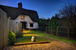 Pet Friendly Luxury Hot Tub Cottage Suffolk | Meadow View Stowmarket