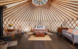Somerset Glamping Yurts for couples | Larch Yurt