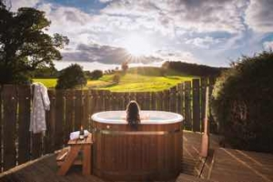 Luxury hot tub Cottages for two in Somerset - The Old Workshop