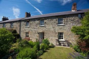 Northumberland romantic pet friendly cottage for couples near the sea Alnwick