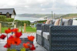 Cornwall pet friendly seaside bolthole for couples Whitsand Bay | Whirlwind