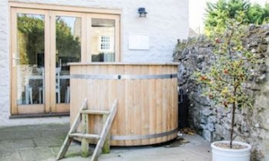 luxury hot tub cottage richmond yorkshire