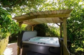 Exmoor Luxury Hot Tub Cottages for Couples | Little Owl