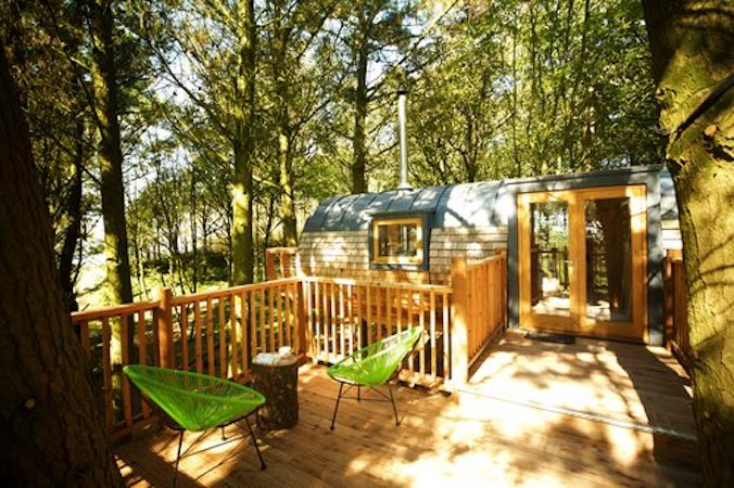 The Hideaway Treehouse at Pickwell Manor