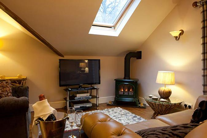 Lake district luxury cottage for two the retreat windermere for The retreat luxury apartments