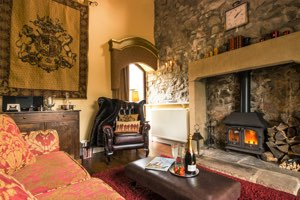 Peak District Cottages for Couples | Candle Cottage
