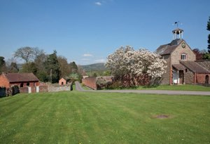 Ledbury Romantic Cottage for Couples Malvern | Clock Tower