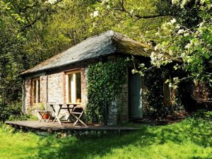 Romantic Cornwall hideaway fro two overlooking the River Tamar - Count House