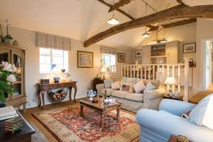 Essex Pet Friendly Romantic Cottage for Couples | The Stables