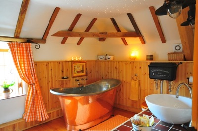Lincolnshire Luxury Eco Friendly Cottages for Two | The Hayloft