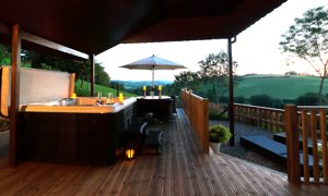luxury hot tub lodge welsh borders